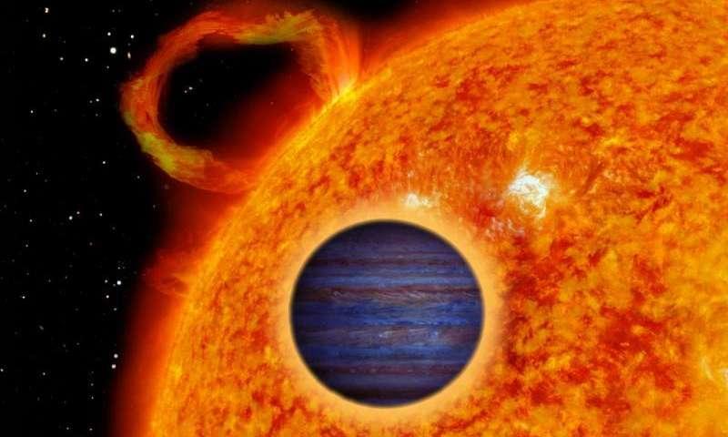 """""""Gorący Jowisz"""" krążący wokół pobliskiej gwiazdy zmiennej"""