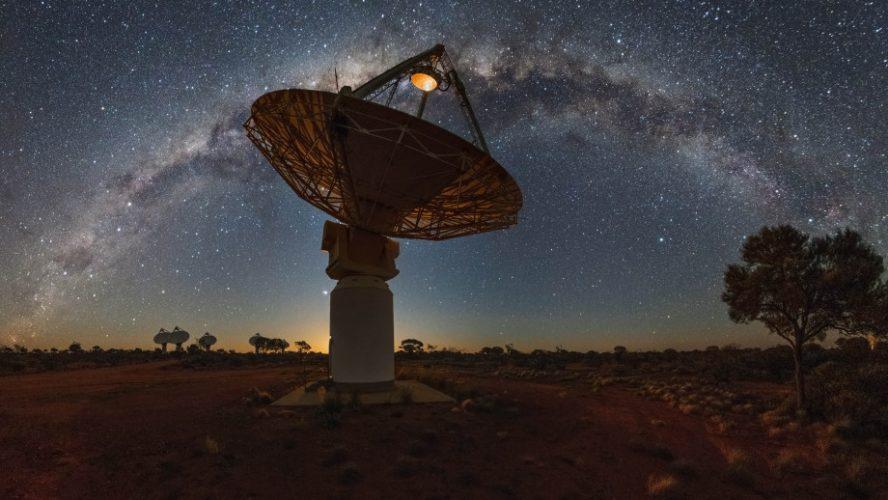 Astronomowie świadkami powolnej śmierci pobliskiej galaktyki