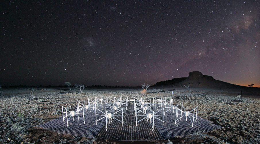 Naukowcy coraz bliżej odebrania sygnału sprzed 12 mld lat
