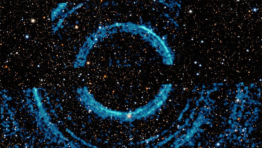 V404 Cygni: Olbrzymie pierścienie wokół czarnej dziury